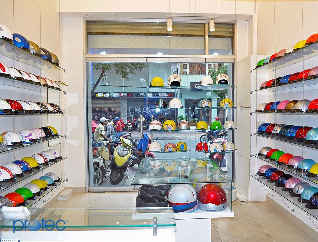 Của hàng mũ bảo hiểm Protec tại Hùng Vương Đà Nẵng