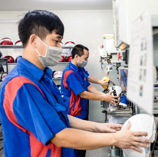 Công nghệ sản xuất mũ bảo hiểm Protec